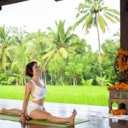 Tantra-Yoga-Retreat-Jessica-Vilches-Split